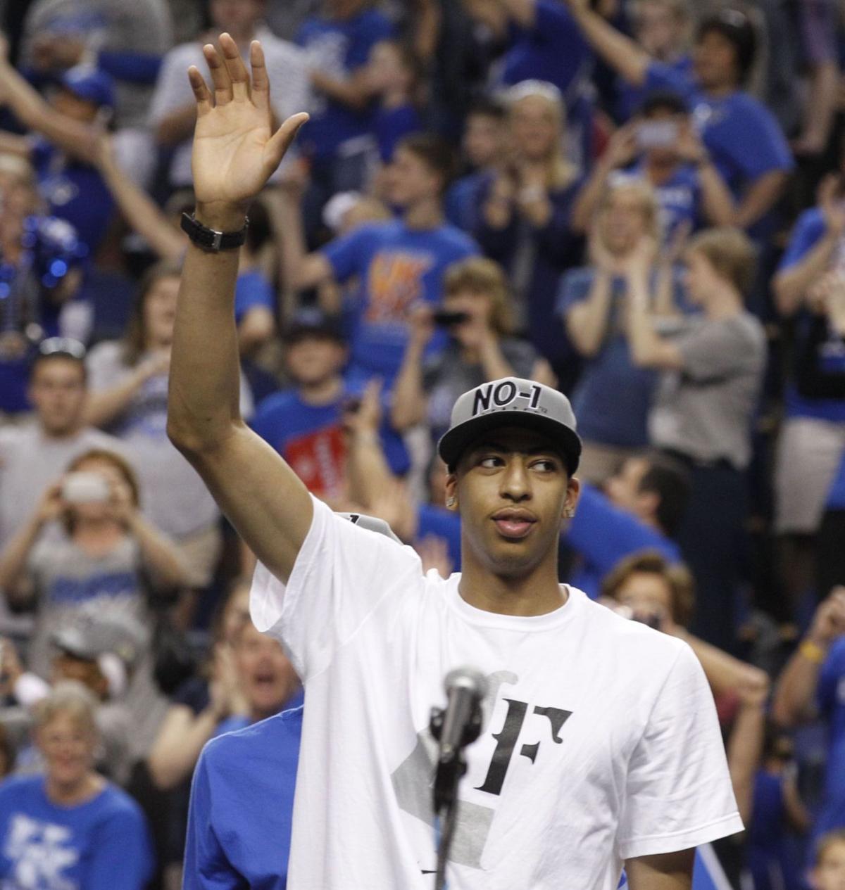 Kentucky returns as champs
