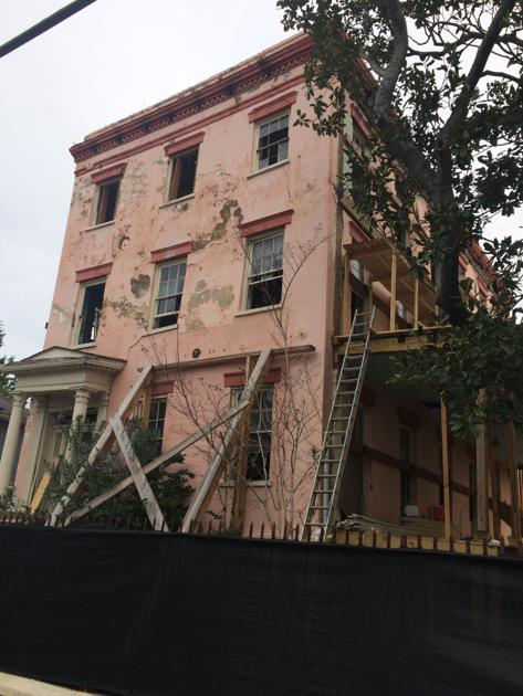 Charleston officials authorize demolition of one of the city's most