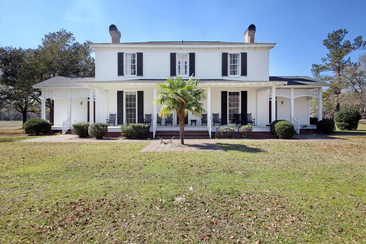 Holly Grove Plantation front
