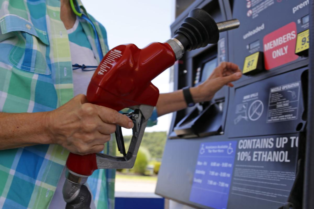 Gasoline prices continue to tumble; S.C. still lowest in nation