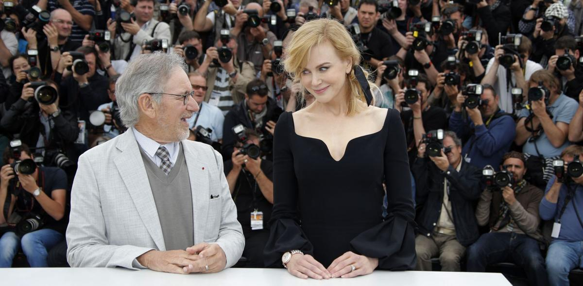 'Gatsby' stars shine at stormy Cannes