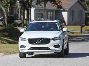 Going the full 60 -- Volvo performance tweaks, flashier looks boosts brand's 2018 mid-sized SUV