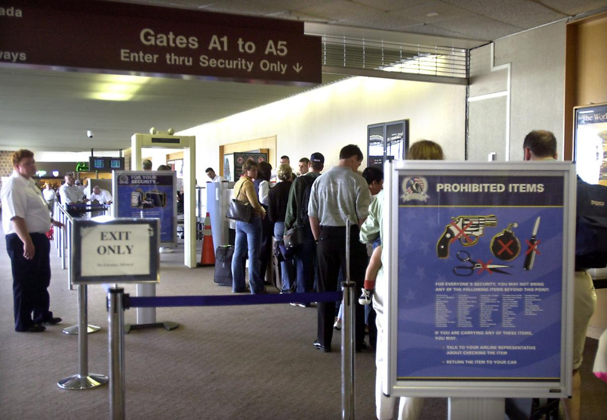 TSA drops unfunded exit strategy on airport