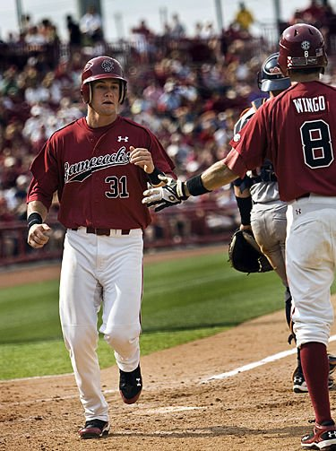 Gamecocks sweep Auburn to stay on track