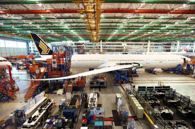 wide Boeing plant tour Singapore 787 10.jpg (copy)