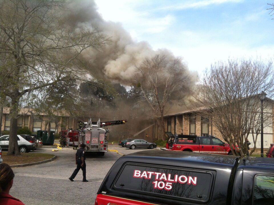 West Ashley apartment complex fire guts section of building