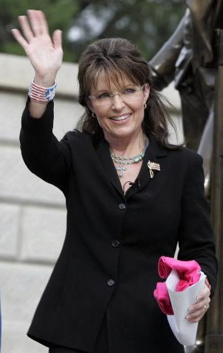 Palin endorses GOP 'fighter'