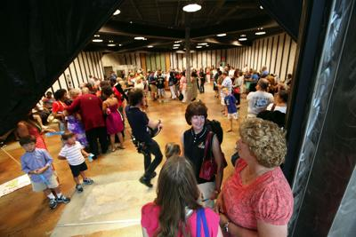 Hunger games Food Network contest boosts mall crowd