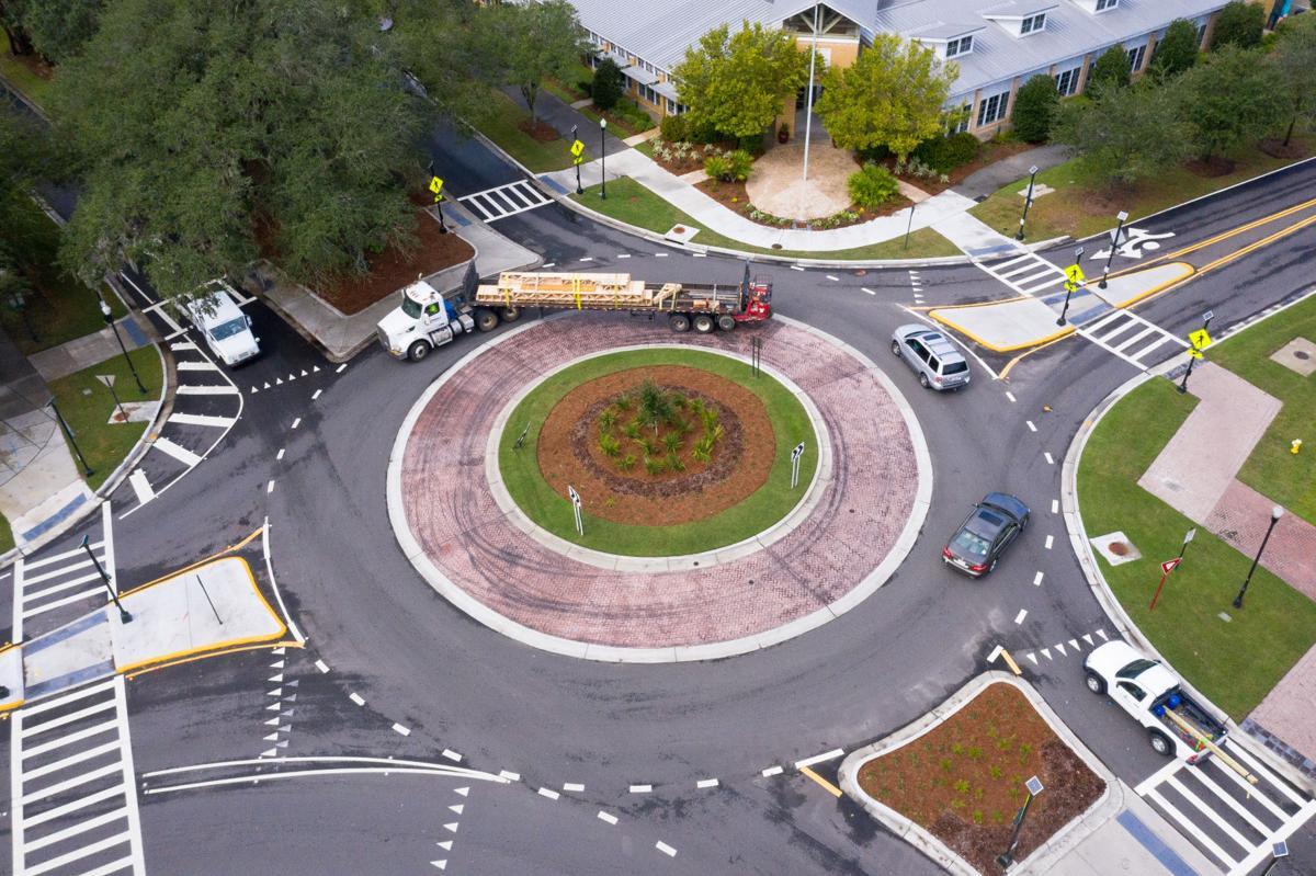 Daniel Island roundabout.jpg