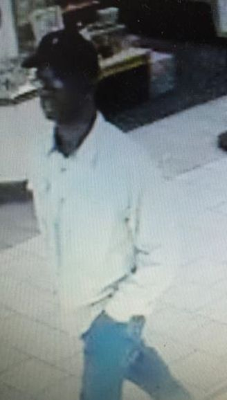 Charleston police look for man who robbed Citadel Mall store at knifepoint