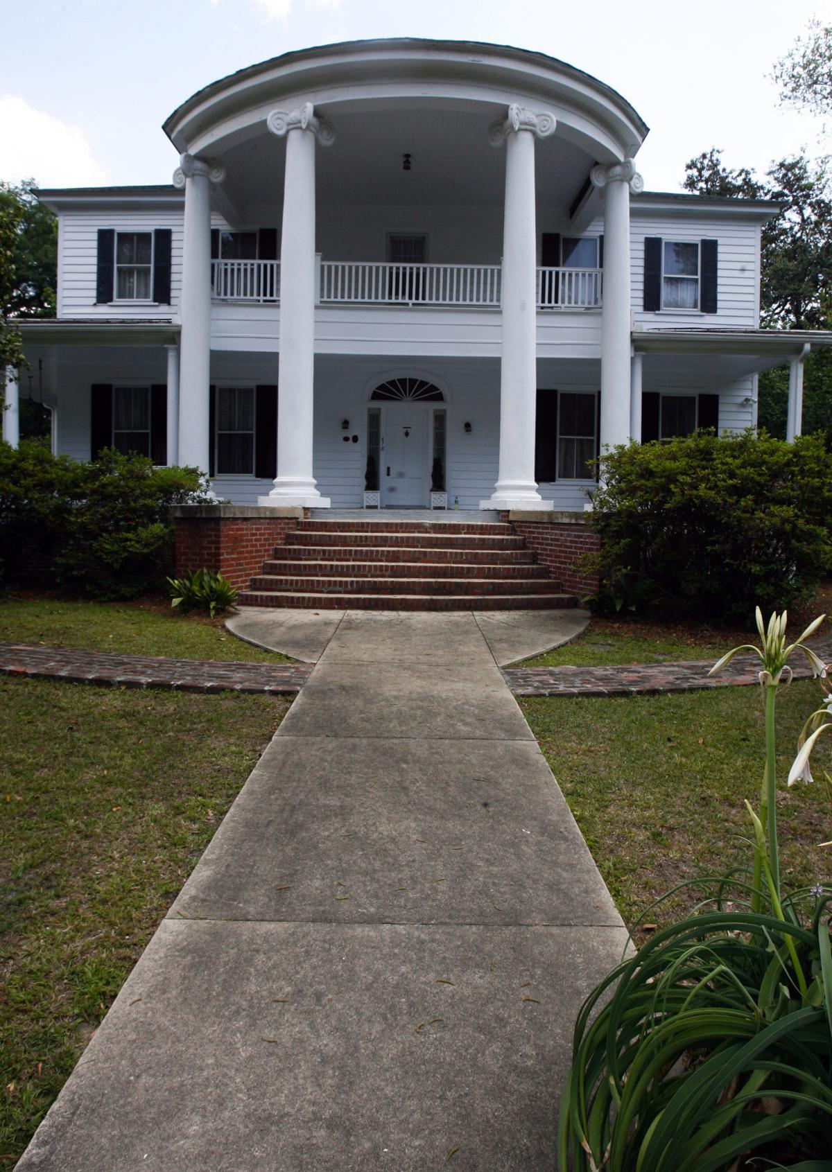 Walterboro Antiques, History & Arts Festival taking place this weekend