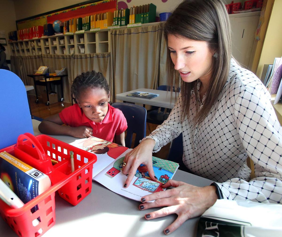 Literacy group seeks volunteers for Charleston County students