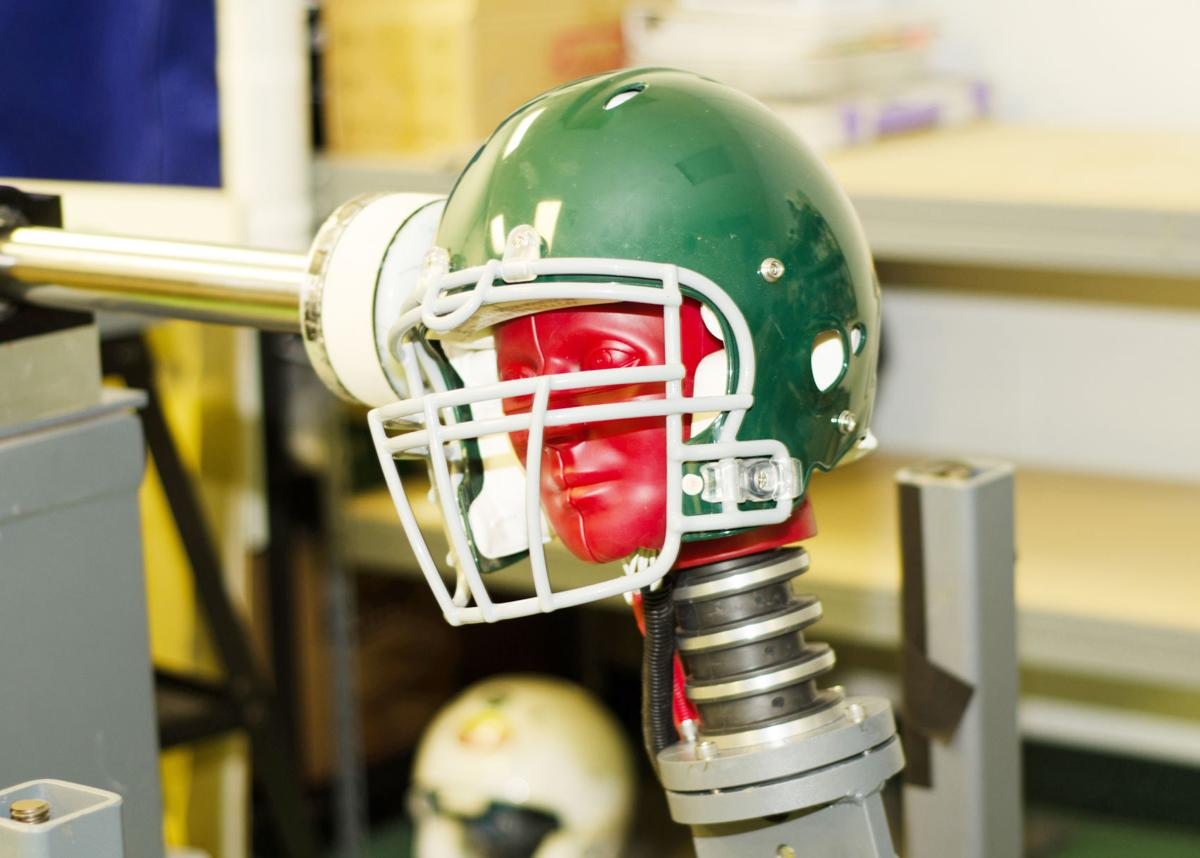 What parents should know about football helmets and concussions