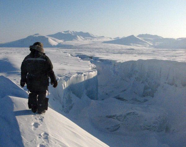 Canada losing 2 key ice shelves in Arctic