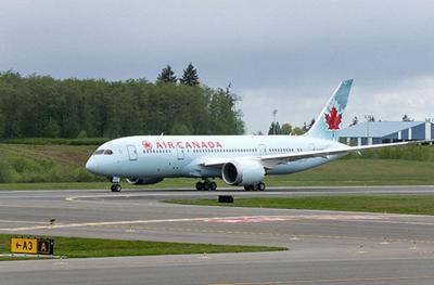 Air Canada's first 787 (copy) (copy)