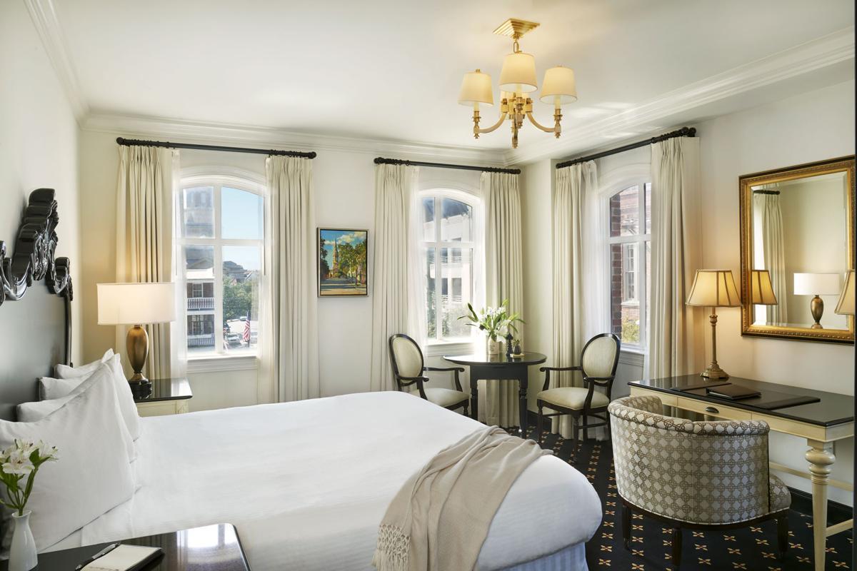 French Quarter Inn room