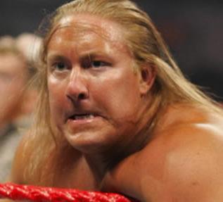 Former WWE star dies
