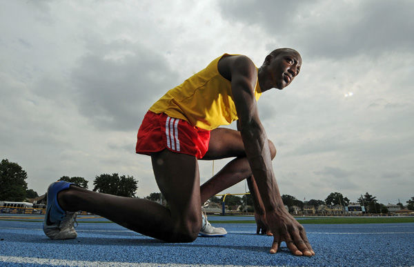 In dad's footsteps: Star track athlete inspired by his gold medalist father
