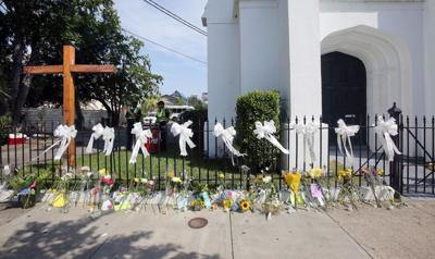 'Only God can fix a broken heart' Bible study at Emanuel AME Church draws crowd