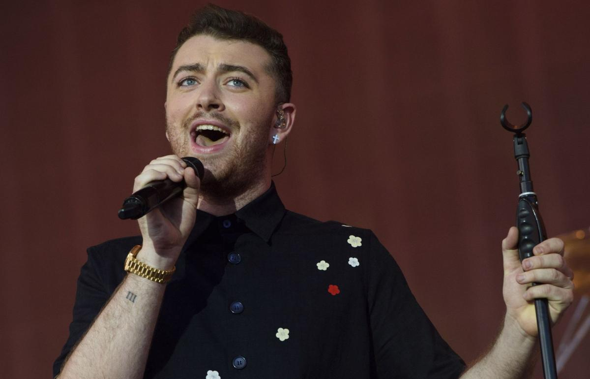 Sam Smith sings new Bond theme song for 'Spectre'