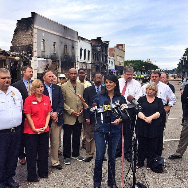 Haley visits fire-damaged Georgetown tourism district