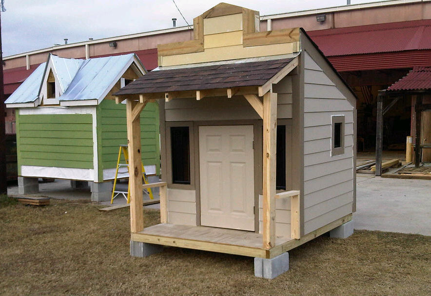 Student-built playhouses to be auctioned today in North Charleston