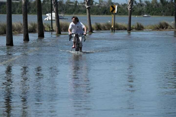 POST AND COURIER – Rising Waters