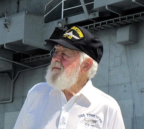Veterans share stories online