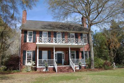 4862 Marshwood Drive — Traditional brick house in Stono Ferry blossoms with bright interior, views of golf course and waterway