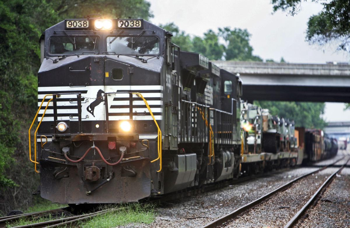 Norfolk Southern — Built in 1957 by Southern Railway ...