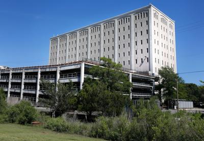 harborview building.jpg (copy) (copy)