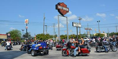 Bikers roll out to support veterans, raise awareness at Undy 500