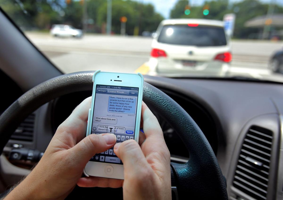 Texting while driving banned in charleston