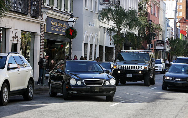 Charleston tries valet parking: City wants it easier to come downtown at night