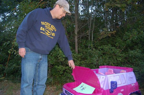 Yard sale at Griffor home draws community support