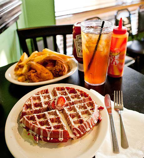KiKi's Chicken and Waffles