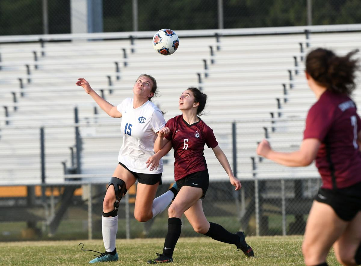 Natalies lead Lady Swamp Foxes past Green Wave