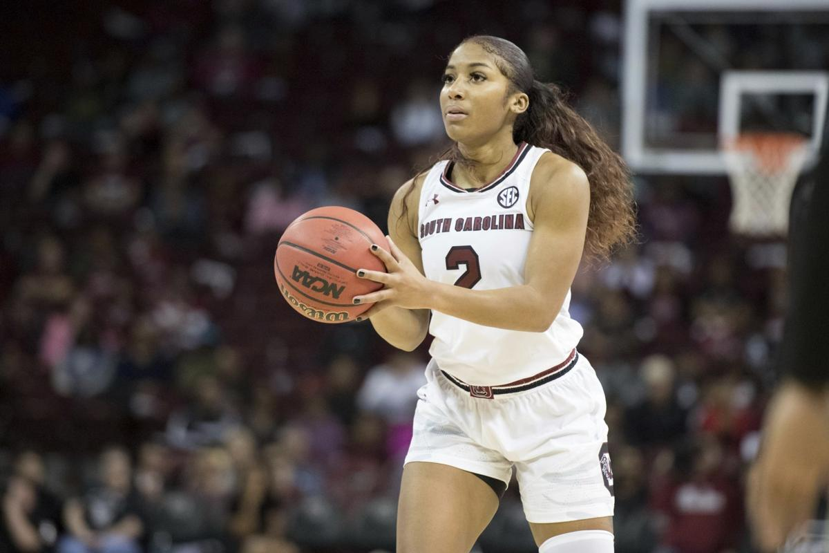 Gamecocks losing fourth women's basketball player: Leading scorer to  transfer | Sports | postandcourier.com