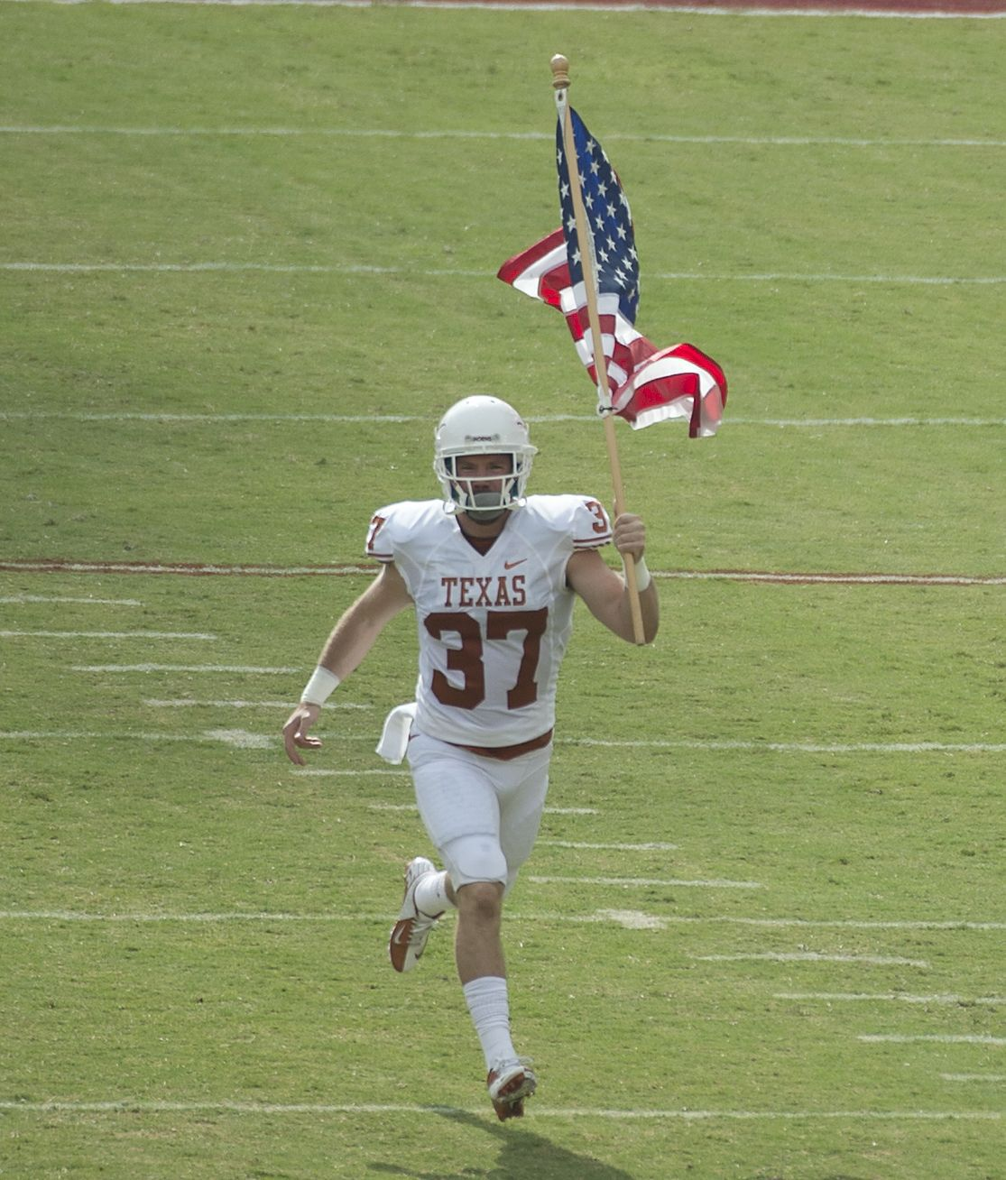 Green Beret is most unlikely Medal of Honor Bowl player