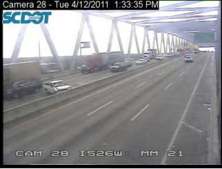 LIVE TRAFFIC UPDATES - Wreck with injuries in eastbound lanes of Don Holt Bridge
