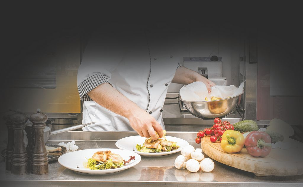 Worker pay under fire Labor Department finding wage violations at area restaurants Restaurateurs say awareness may lead to change