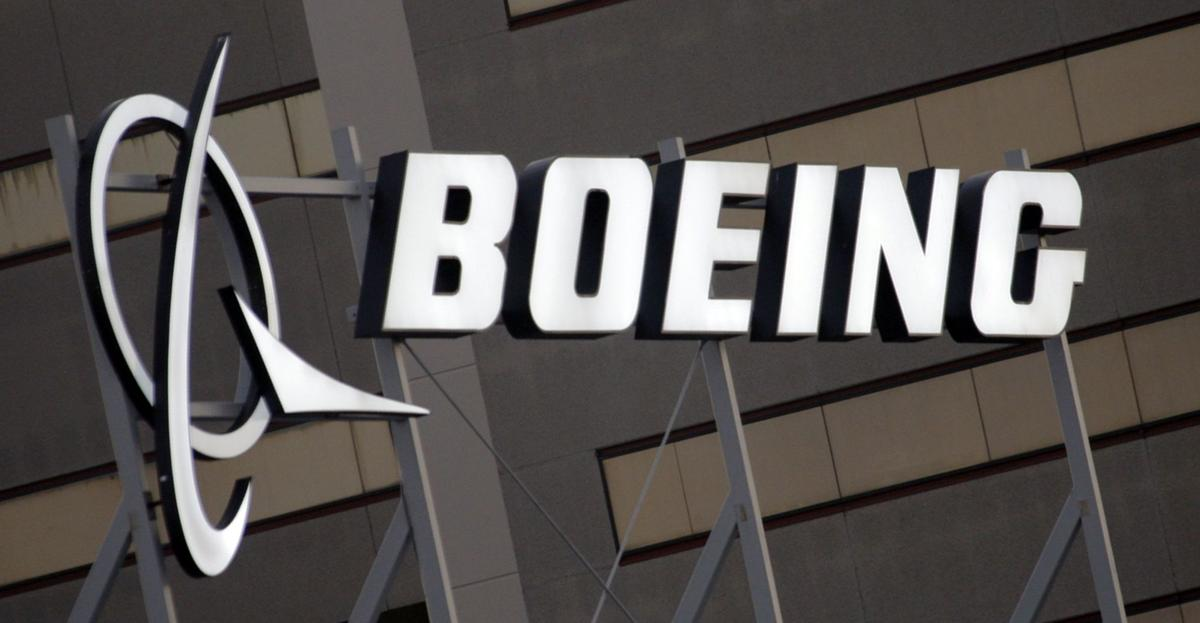 Accelerating deliveries drive Boeing 3Q profits<\n>AP Photo NY115
