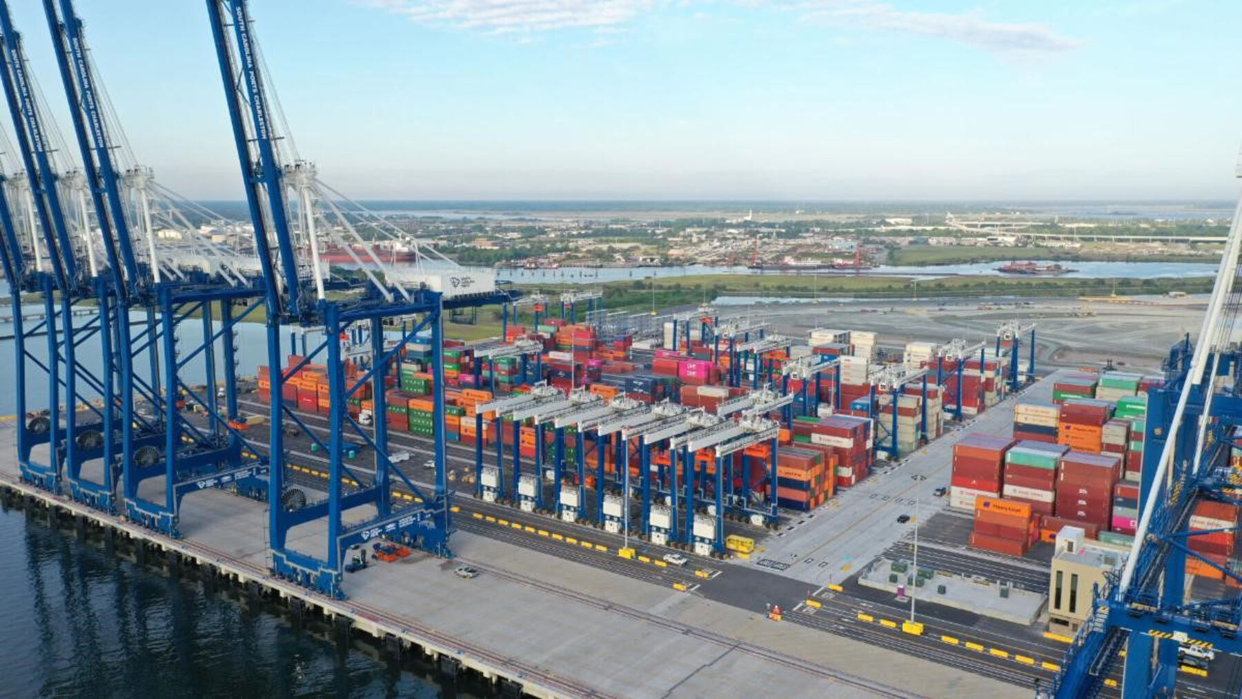 Charleston port's new $1B shipping terminal lingers as labor dispute drags on