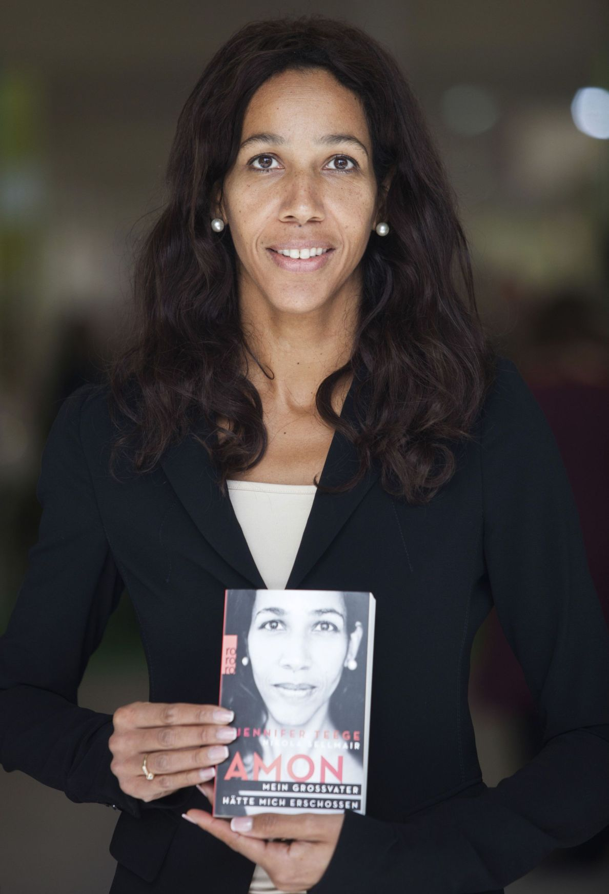 In Israel, biracial German author Jennifer Teege probes her Nazi heritage