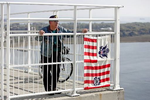 Lowcountry, Patriots Point bid farewell to old friend
