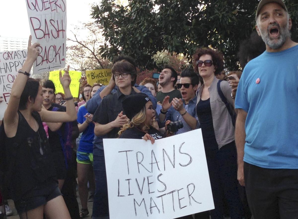 Absurd 'bathroom bill' shames North Carolina
