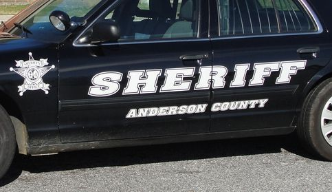 Man shot to death in vehicle in Anderson County