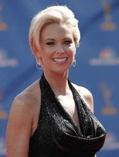 Kate Gosselin starts over in new show, life