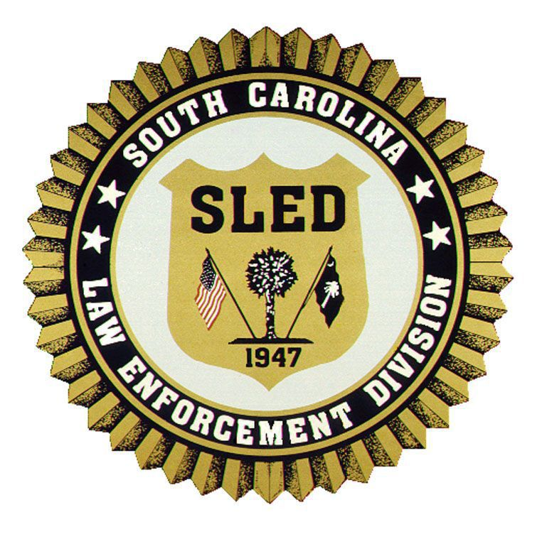 Former Colleton County deputy accused of sending explicit photos of ex-girlfriend