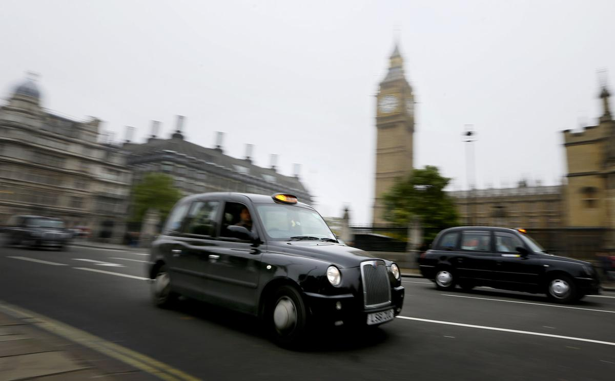 Maker of London's black cabs says it's going bust (copy)